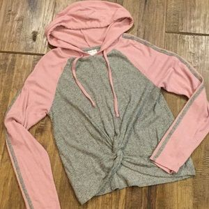 Comfy hoodie with knit in the front.